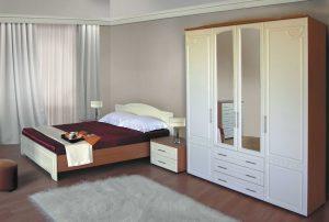 распашной шкаф и комод в спальню