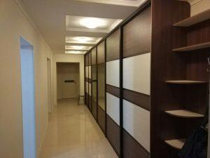 шкаф купе в длинный коридор