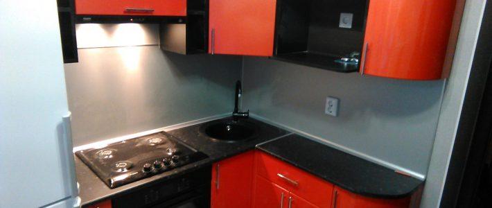маленькие кухни на заказ по индивидуальным размерам недорого