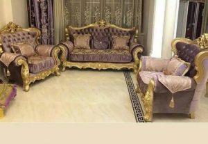 диван и кресла с элементами под золото